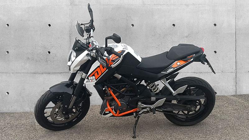 fahrschulmotorrad-ktm-duke-home-slider1